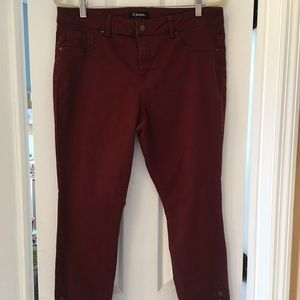 Maroon stretch D jeans